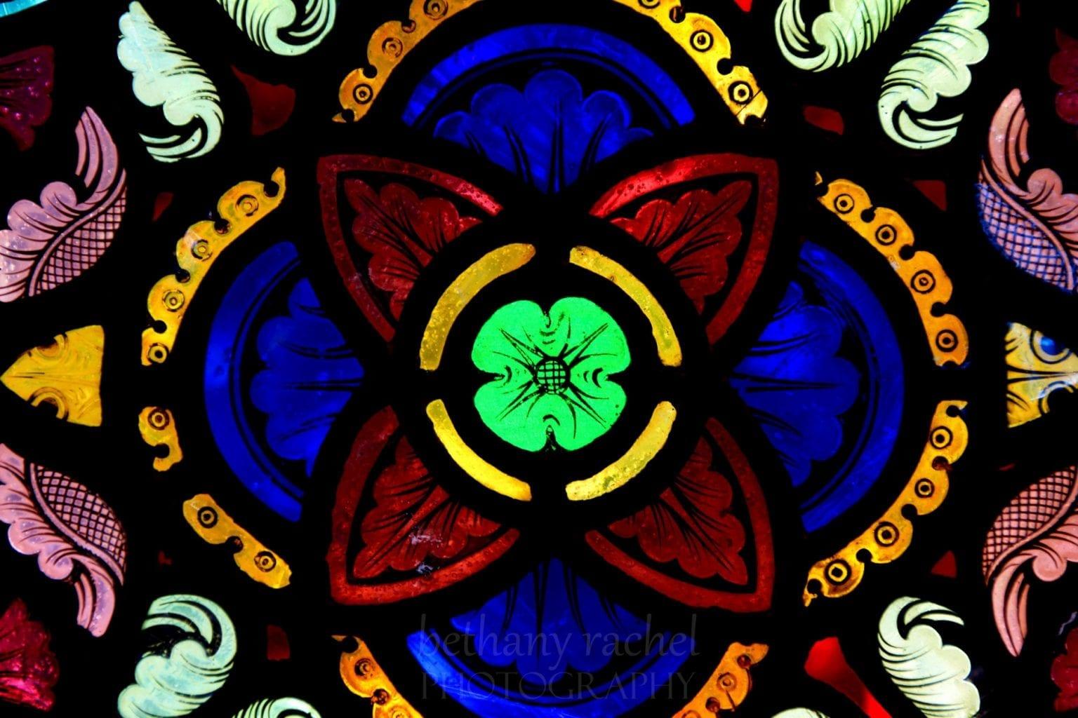 Deus Caritas est excerpts quotes Benedict XVI Joseph Ratzinger love charity eros romantic agape