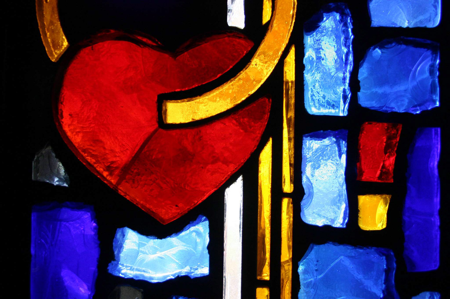 Why Love is the Theme – Benedict XVI