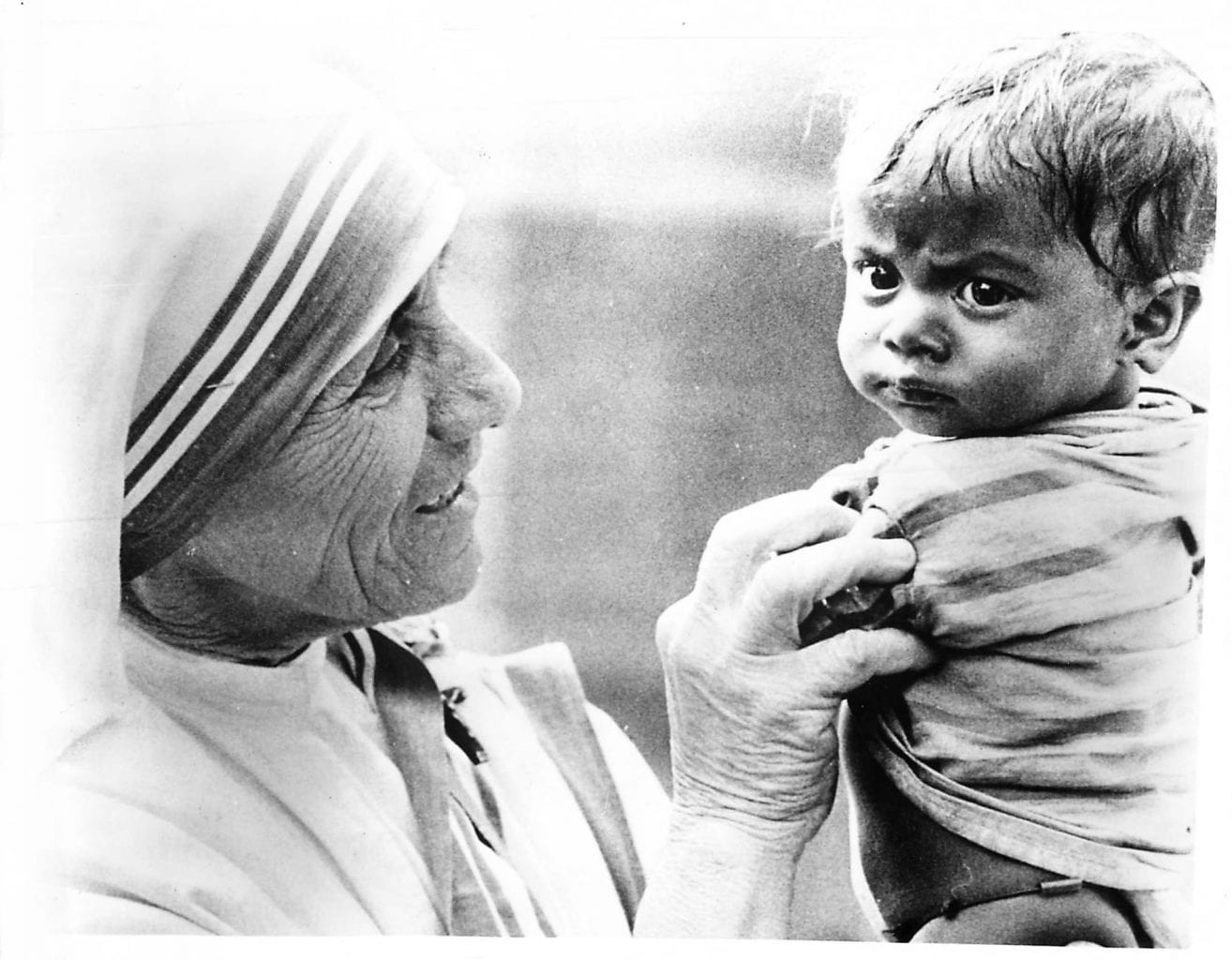 graphic relating to Mother Teresa Do It Anyway Printable identified as Mom Teresa of Calcutta - Offers Studies - Crossroads