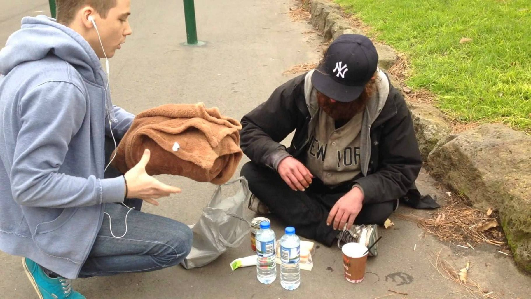 helping the poor on the street