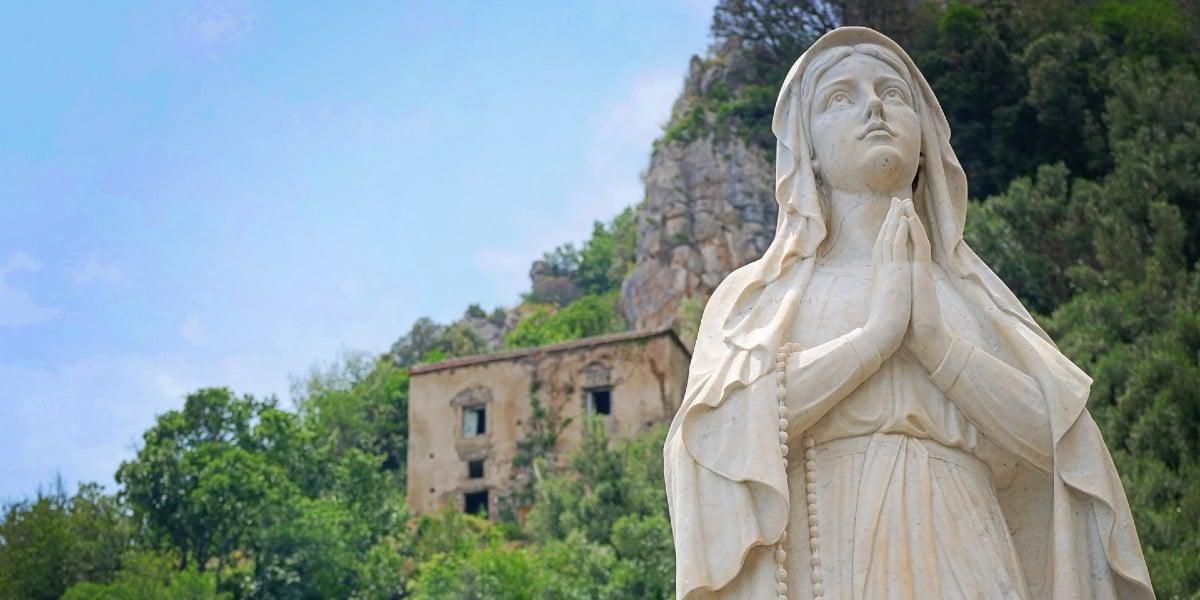 statue Mary emmanuel born virgin irenaeus lyon advent coming incarnation