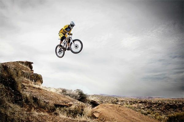 bike mountain mountainbike cloudy jump