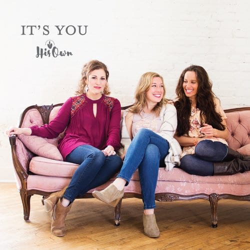 It's You couch women girls sitting