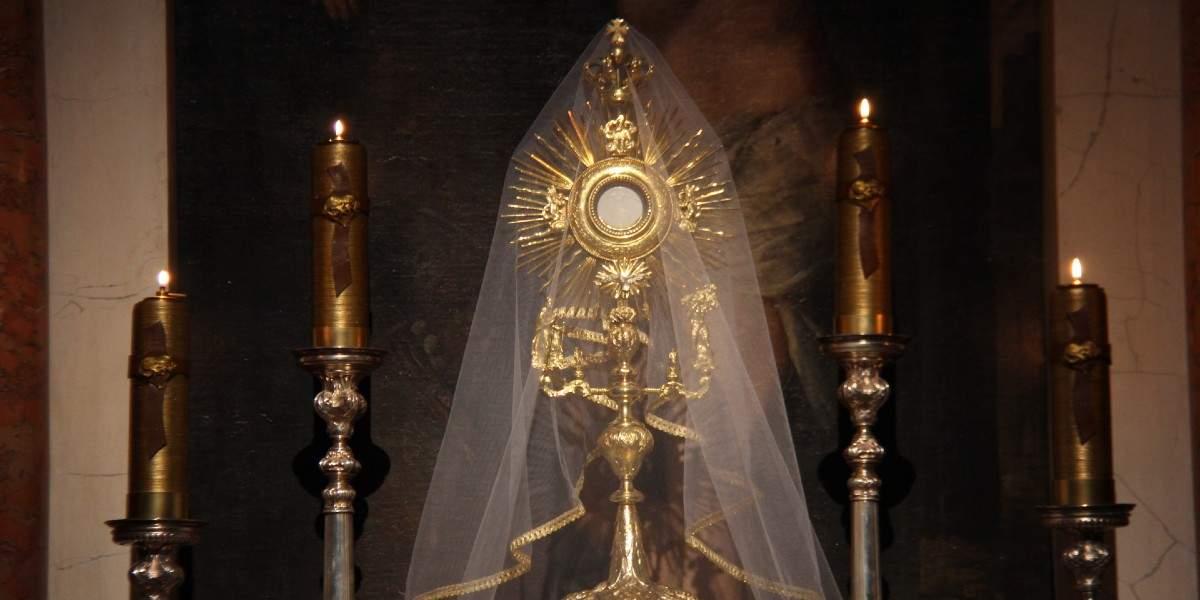 manna bread eucharist