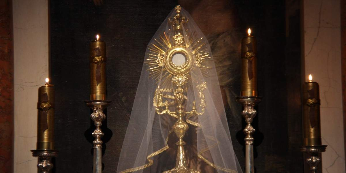 Eucharist True Body of Christ, Heavenly Manna – Ambrose